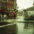 西4丁目、雨