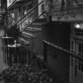 Photos: 半地下の店