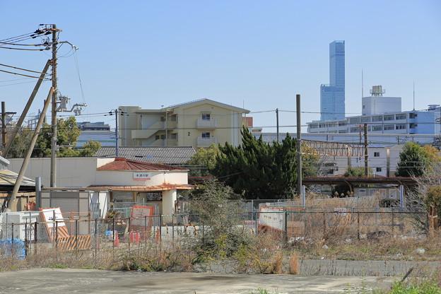 木津川駅とあべのハルカス