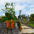 写真: 竹富島なごみの塔