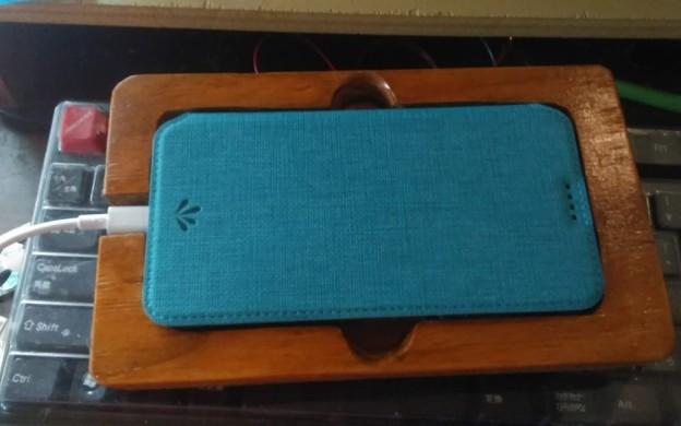 スマホベット Zenfone 5 ZE620K