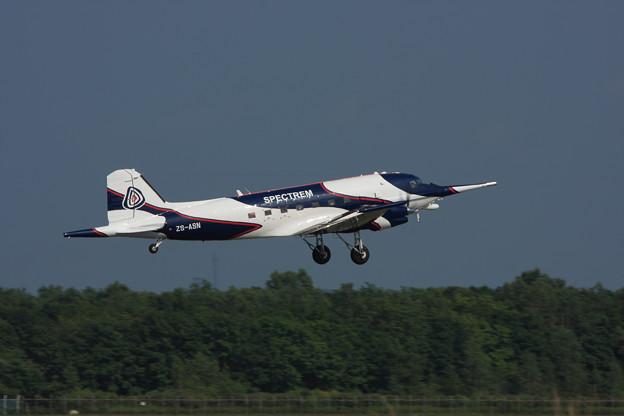 BT-67 翌日の ZS-ASN takeoff CTS 2009.08.15