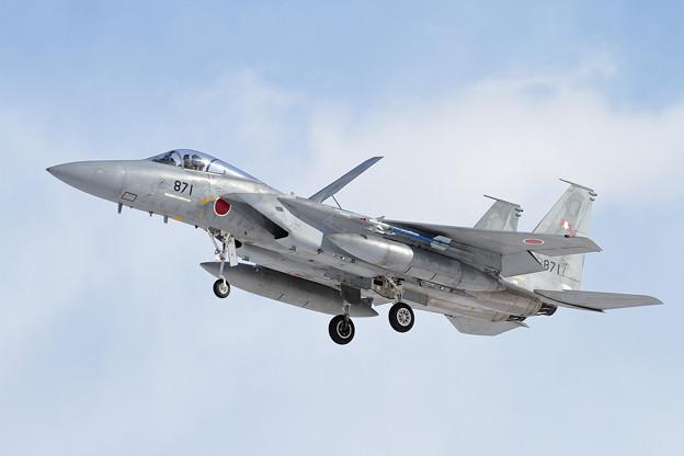 写真: F-15J 871 203sq approach