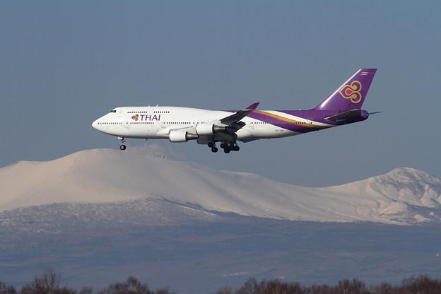 B747 THAI F670 approach
