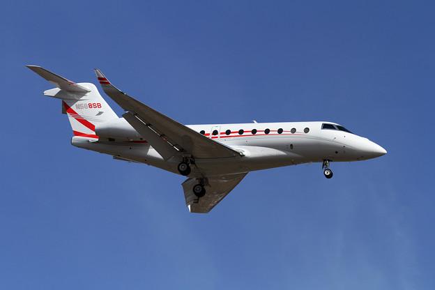 IAI Gulfstream G280 N588SB approach