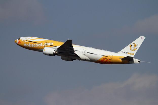 B777 nokscoot HS-XBA takeoff