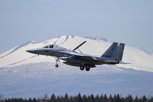 写真: F-15J 842 201sq approach
