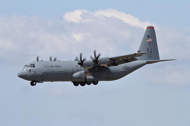 C-130J-30 16-5833 YJ 5AF (1)