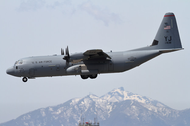 C-130J-30 16-5838 YJ (1)