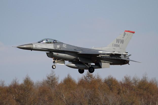 F-16C 92-3884 WW 13FS (2)