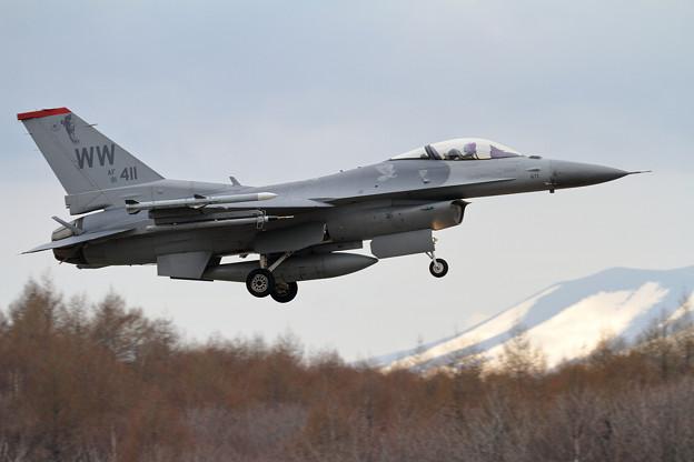 F-16C 91-0411 WW 13FS (2)