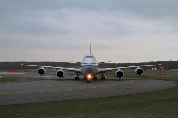 写真: B747-8 Intercontinental B-2480初飛来(2)