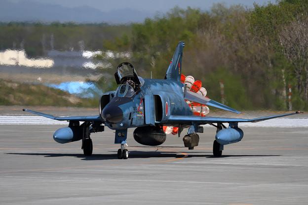 RF-4E 913 501sq飛来 (2)