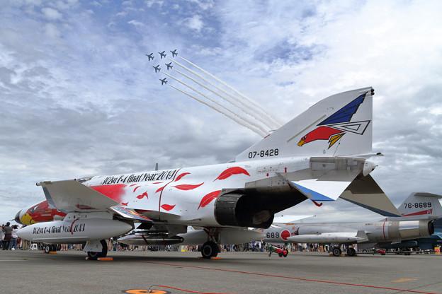 T-4 Blue impulseとF-4EJ 302sq(1)