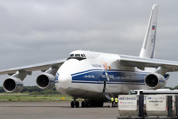 An-124-100 RA-82047 (3)