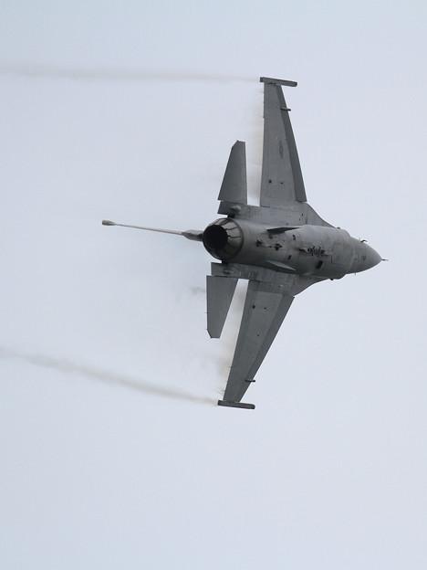 F-16 WW 札幌航空ページェント 予行 (2)