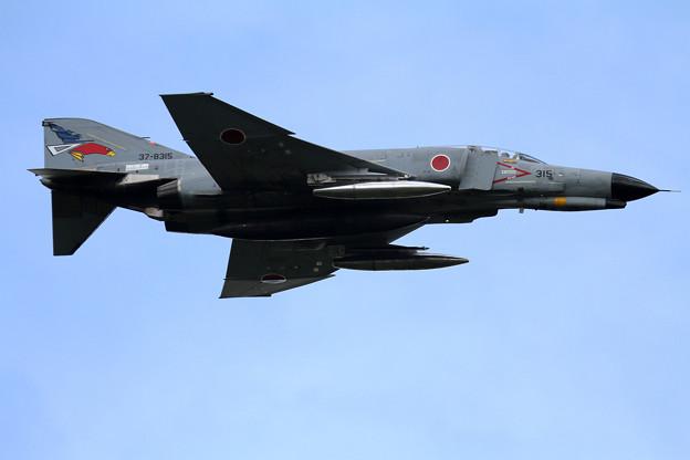 F-4EJ 315 302sq low pass (1)