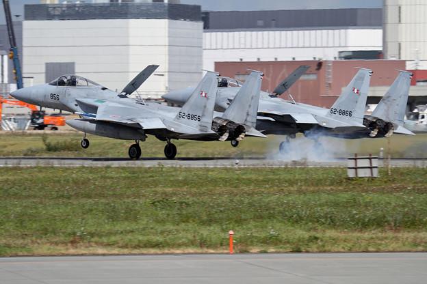 F-15 Formation Landing (2)