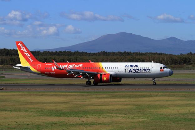 A321neo VN-A646 VietJet charter初飛来 (1)