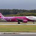 写真: A320 Peach JA816P takeoff