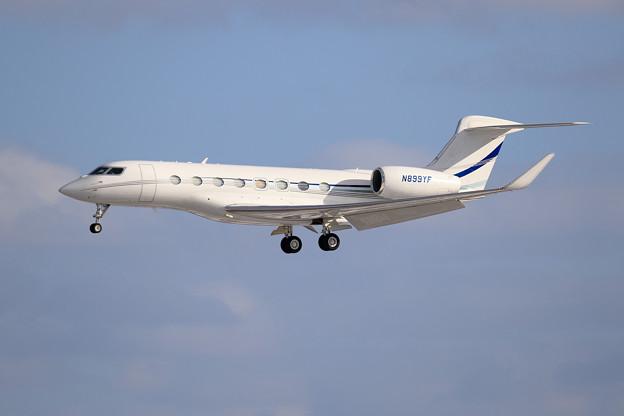 Gulfstream G650 N899YF approach