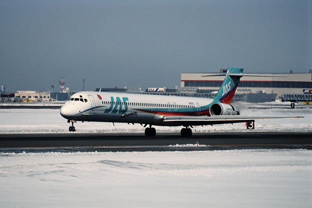 MD-90-30 JA8065 JAS CTS 1998.02
