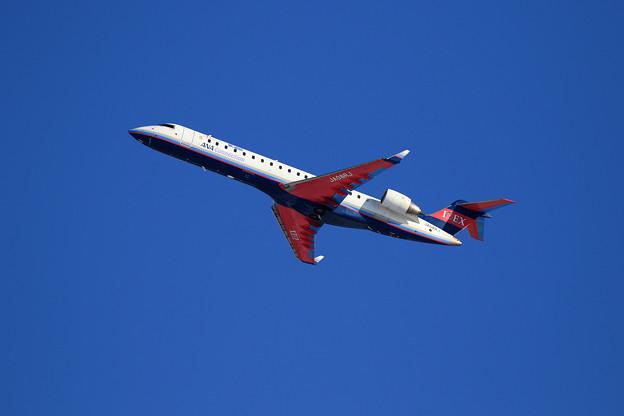 CRJ700 IBEX JA08RJ takeoff