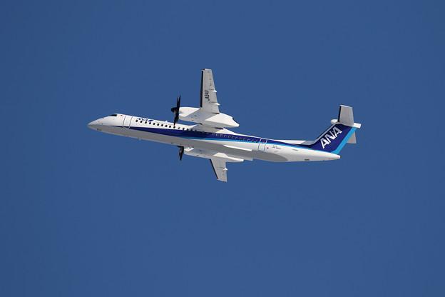Q400 ANA Wings JA841A takeoff