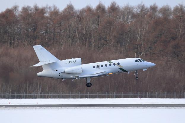 Falcon50 N777 takeoff