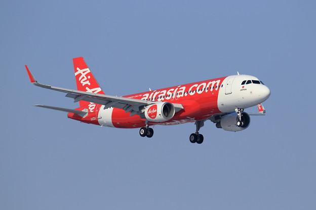 A320 AirAsiaJapan JA03DJ approach