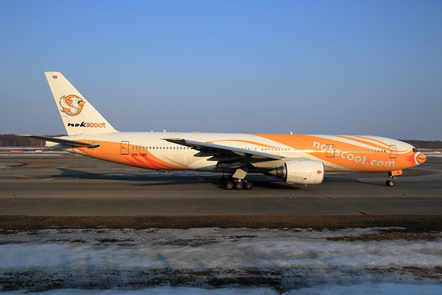 Boeing777 nokscoot HS-XBE (2)