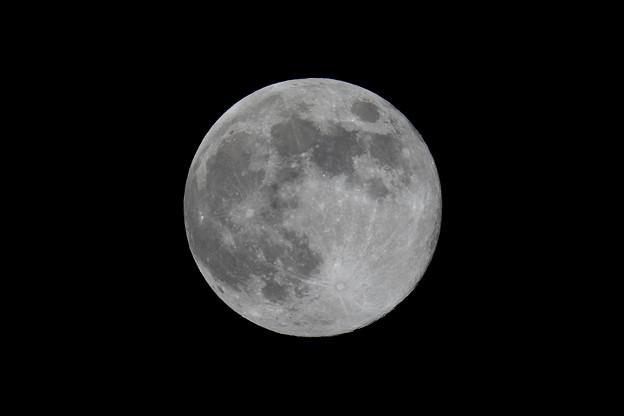 平成最後の満月だった平成31年4月19日の月