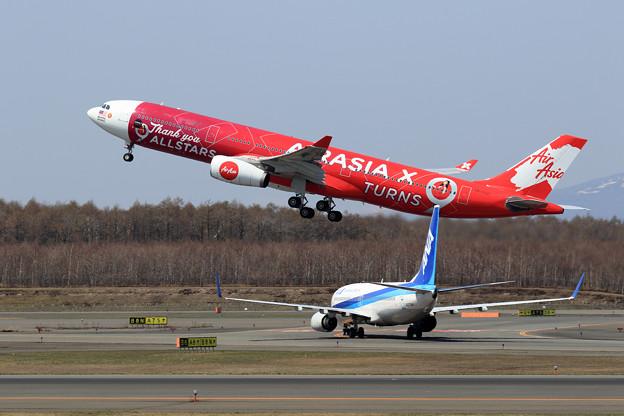 A330 XAX 9M-XXA takeoff