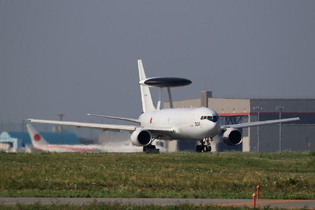 E-767 84-3504 AWACS 飛来(1)