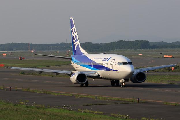 Boeing 737-500 JA302K ANA Wings