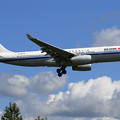 Photos: A330 CCA B-6073 approach