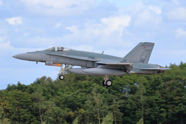 F/A-18A A21-36 75sq RAAF 飛来