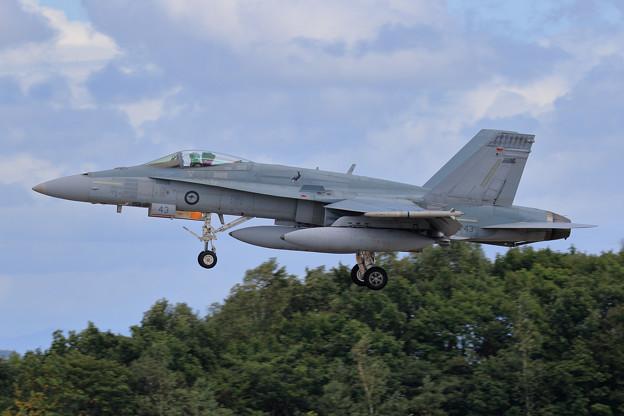 F/A-18A A21-43 75sq RAAF 飛来