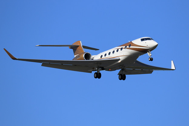 Gulfstream G650ER N721MM approach