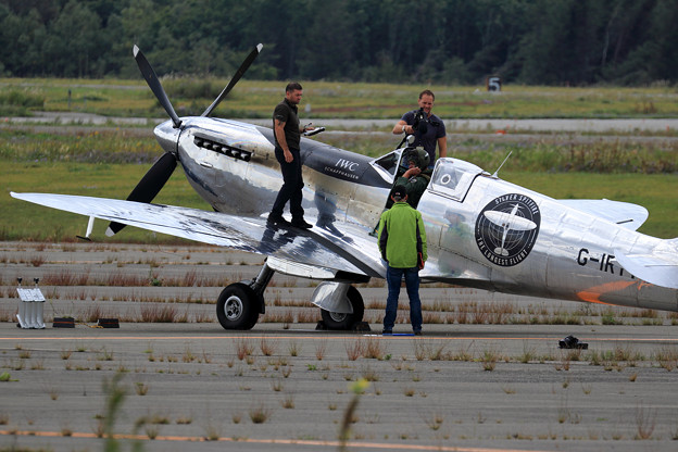 Silver Spitfire G-IRTY departure (3)