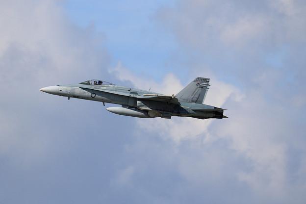 F/A-18A A21-43 75sq RAAF(2)