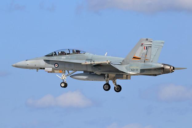 F/A-18B A21-111 2OCU RAAF(4)