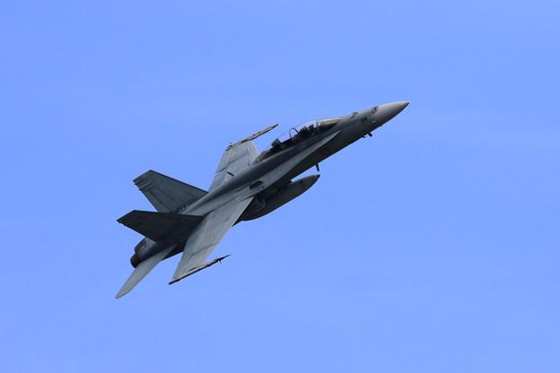 F/A-18B A21-114 2OCU RAAF(2)
