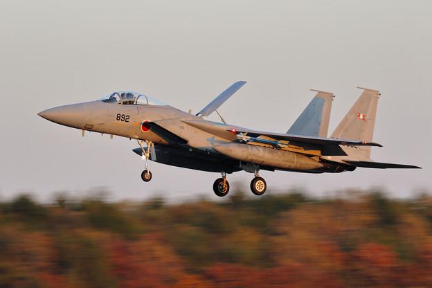 F-15J 夕暮れ時のlanding 203sq 892