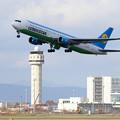 Boeing767 UK67005 takeoff