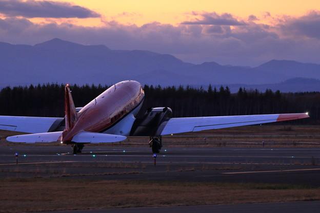 DC-3T/Basler BT-67 C-FBKB 到着(5)