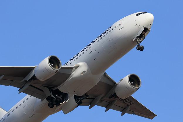 Photos: Boeing777 Gear up