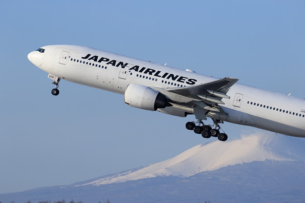 Boeing777 JAL 快晴 -10℃チョット雪レフ