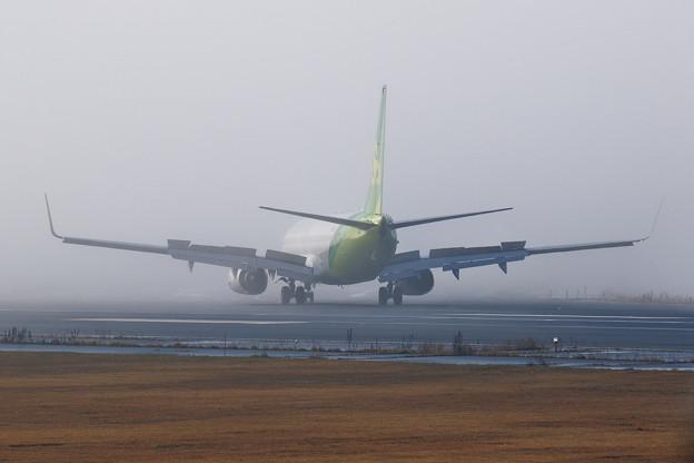 Boeing737 SJO831 霧の朝