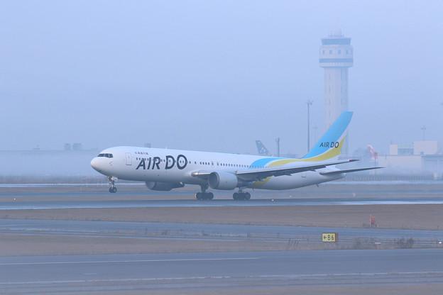 Boeing767 ADO14 霧の朝
